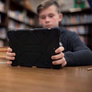 Verizon Student on Tablet