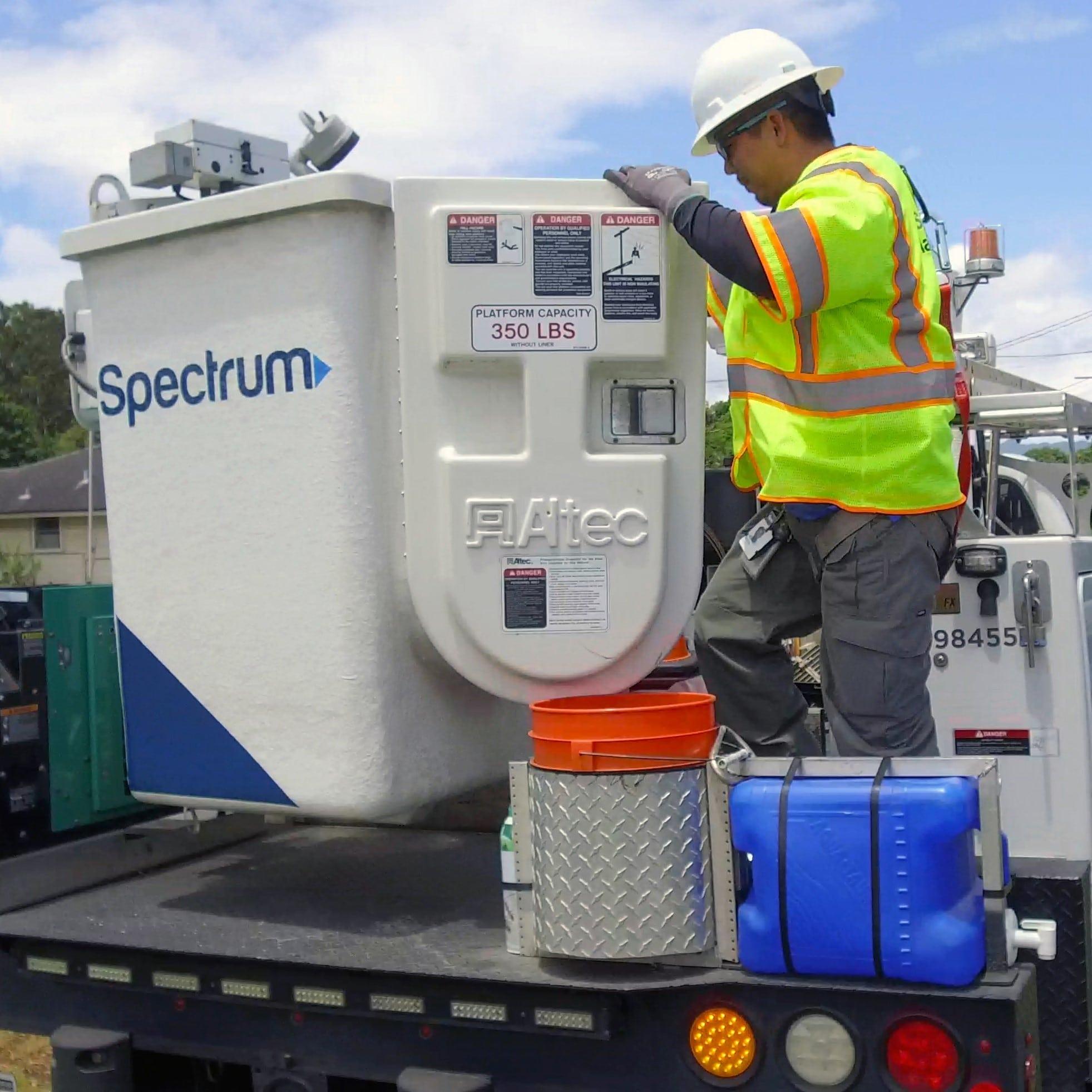 charter spectrum technician